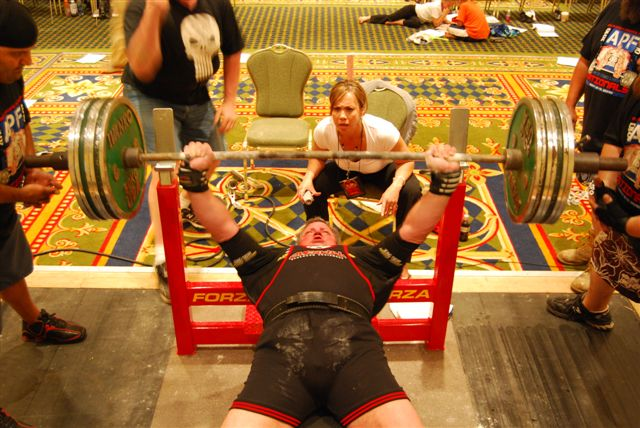 Smolinski Sets Apf Wpc Masters 55 59 Bench Press Record